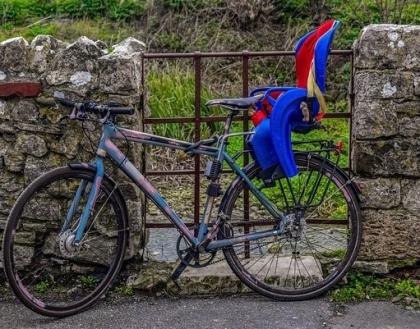 Jak wybrać fotelik rowerowy?