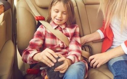 Co to jest adapter do pasów dla dzieci?